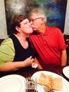 mom and dad kiss 2